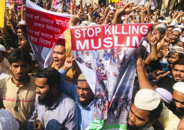 Delhi violence: Death toll reaches 32 in late-night clashes