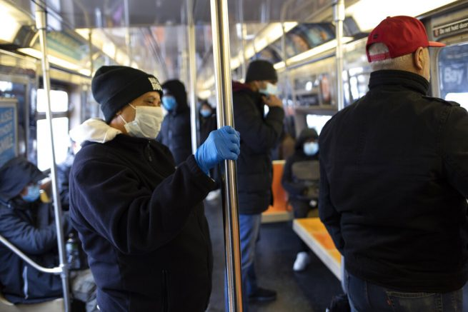 New Yorkers who leave should self-isolate for 14 days: White House