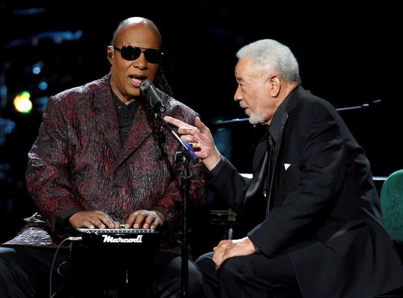 FILE PHOTO: Wonder performs with inductee Withers during the 2015 Rock and Roll Hall of Fame Induction Ceremony in Cleveland