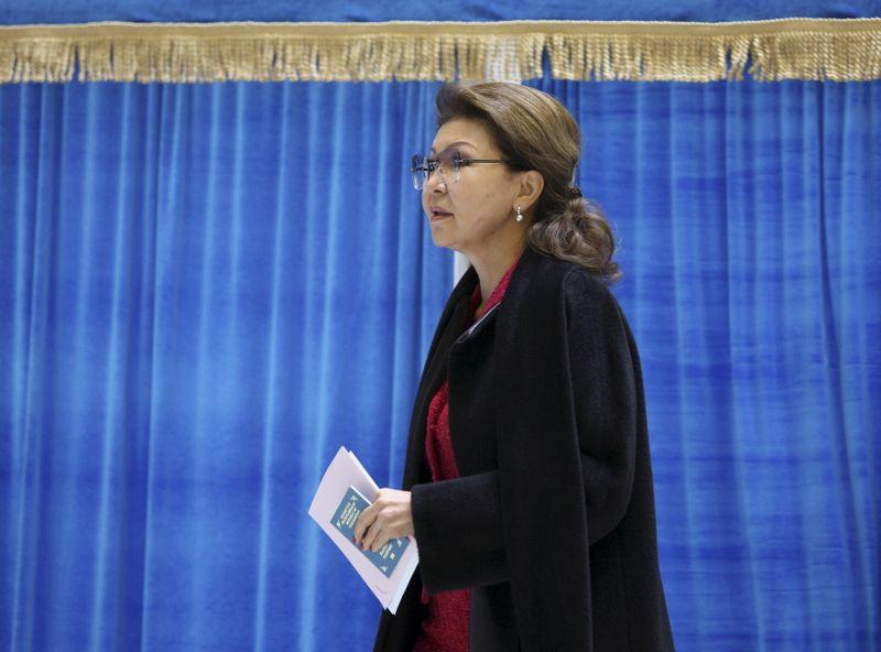 Dariga Nazarbayeva, Kazakhstan's deputy prime minister and daughter of President Nursultan Nazarbayev, visits a polling station during a snap parliamentary election in Astana, Kazakhstan