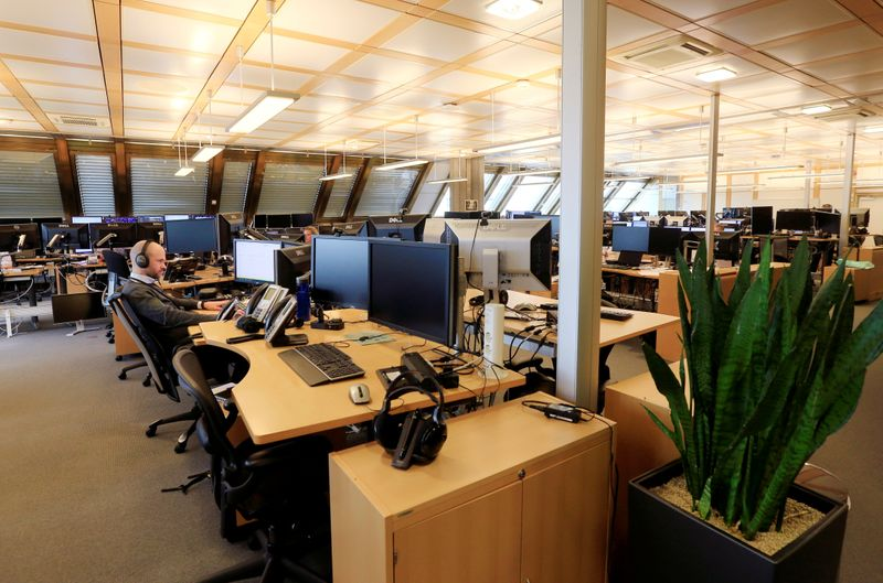 FILE PHOTO: The trading floor of Norges Bank Investment Management, the Nordic countryÕs sovereign wealth fund in Oslo