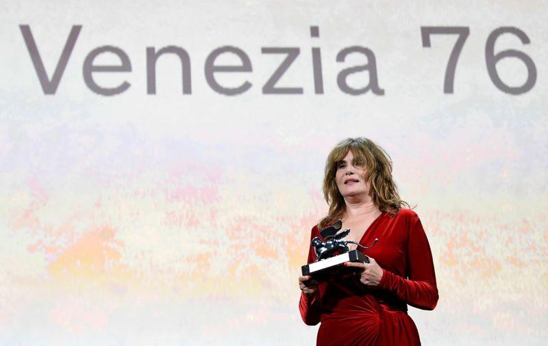 GOSSIP & RUMORS: Venice Movie Celebration will go on in September-- Veneto guv