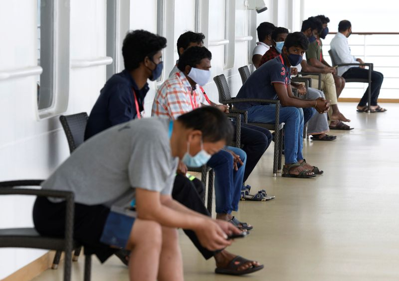 383 new Covid-19 cases in Singapore, tally stands at 32,343
