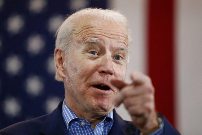 Tara Reade: Biden sex attack accuser urges him to quit race