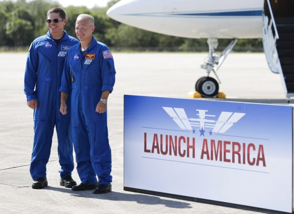 Hurley and Behnken Arrive at Kennedy Ahead of SpaceX Demo-2 Launch