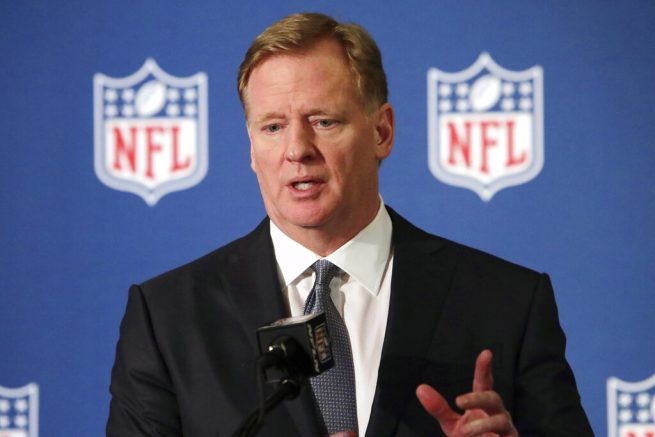 Donald Trump Aims at Roger Goodell on Anthem Kneeling
