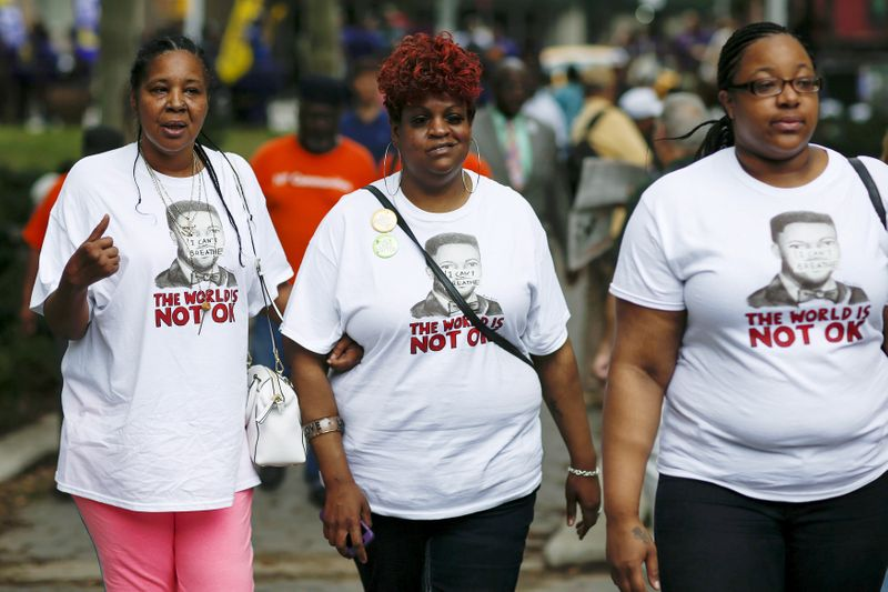 FILE PHOTO: Esaw Garner, (L) widow of Eric Garner, and Emerald Snipes Garner (R), daughter of Eric Garner arrive to attend a rally near the Brooklyn court in New York