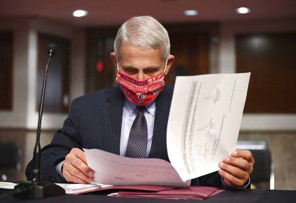 Trump Embraces Face Masks But Rejects National Mandate