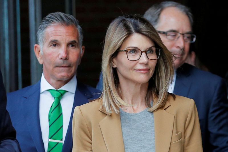 Full House Actress Lori Loughlin Sentenced to Prison for College Admissions Scam