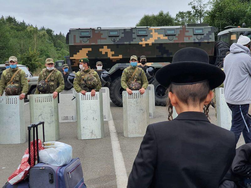Jewish pilgrims gather at Novi Yarylovychi crossing point in Chernihiv Region