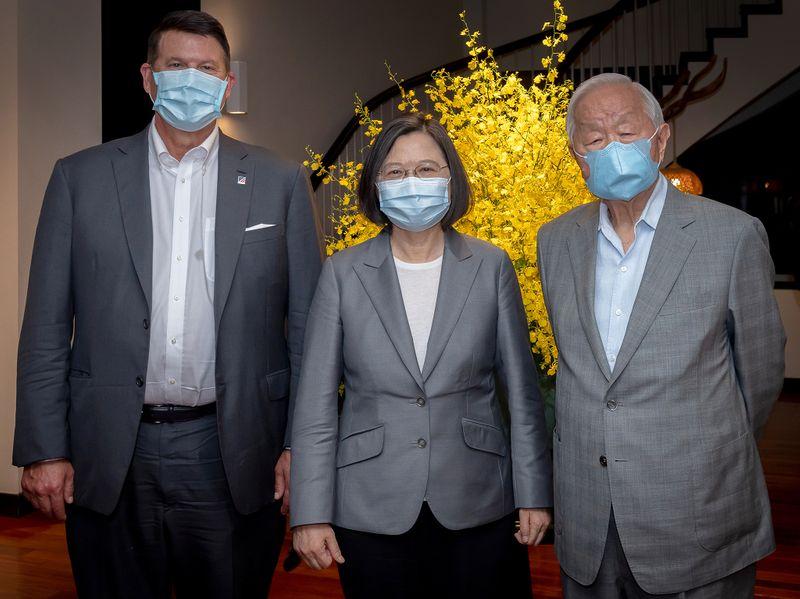 U.S. under secretary of state arrives in Taiwan