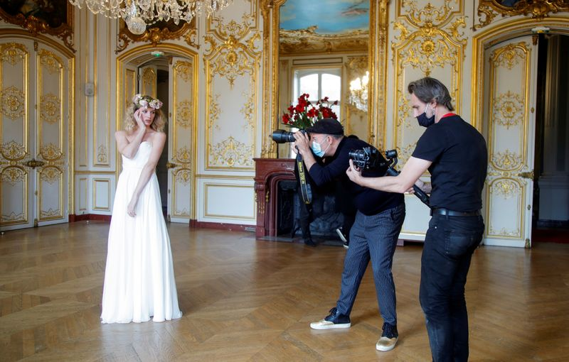 Less runway showsmasm Paris fashion Week embraces digital