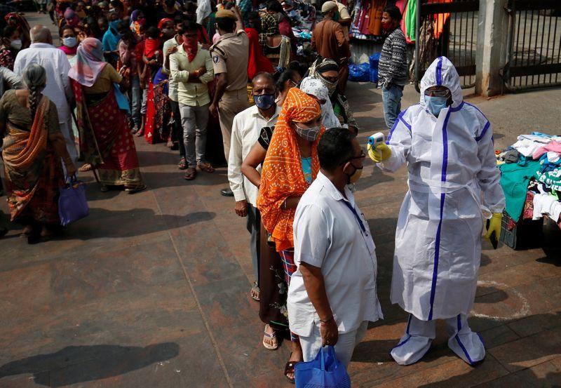 Checks ahead of Hindu festival of Diwali amidst COVID-19 in Ahmedabad