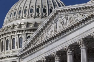Lawmakers working on spending package, government shutdown looms